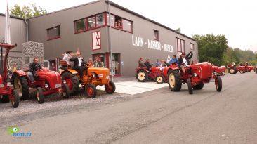 Porsche-Traktoren machten halt am Lahn-Marmor Museum