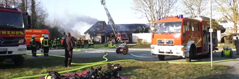 Großbrand der König Konrad Halle in Villmar